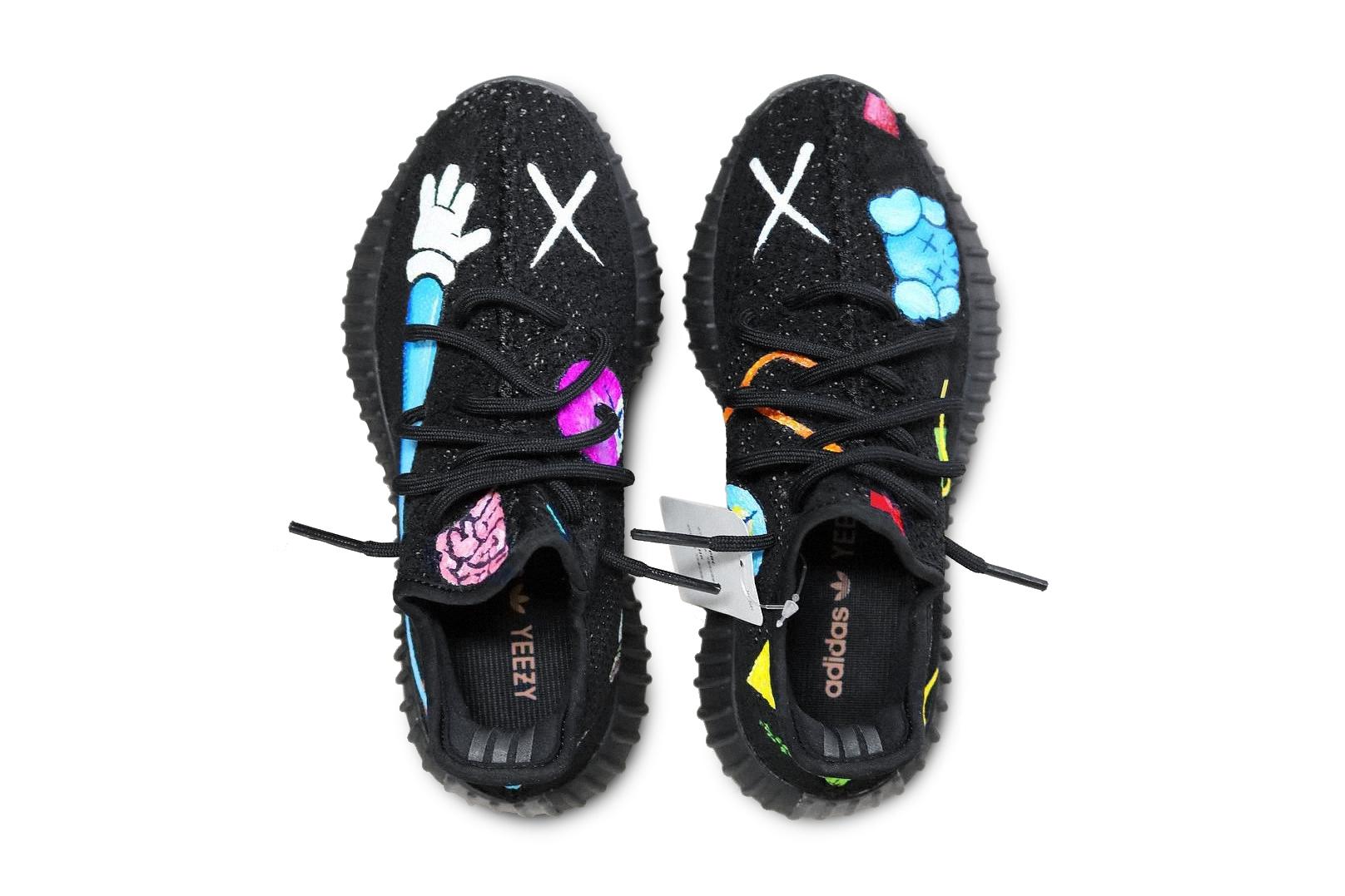 KAWS x Yeezy BOOST 350 Hand-painted Customs Kanye West Daniel Cordas - 3714314