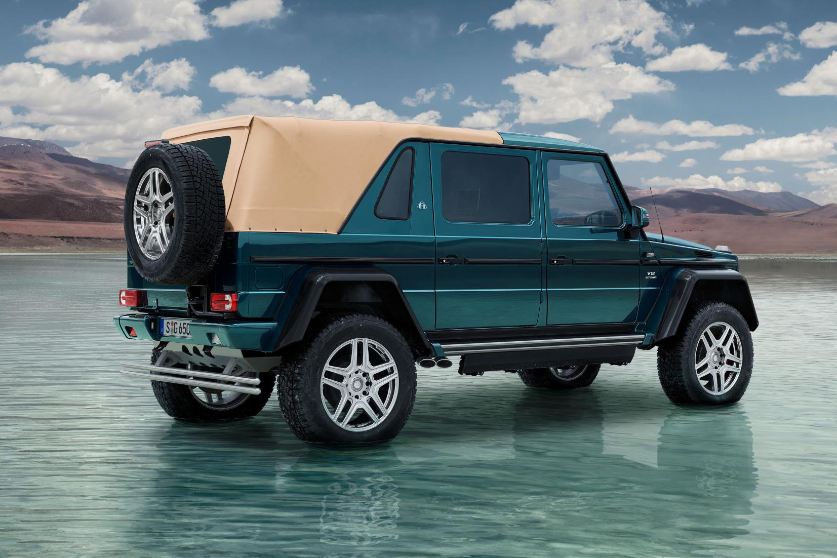 Check out the mercedes maybach g650 landaulet hypebeast for Mercedes benz maybach g650
