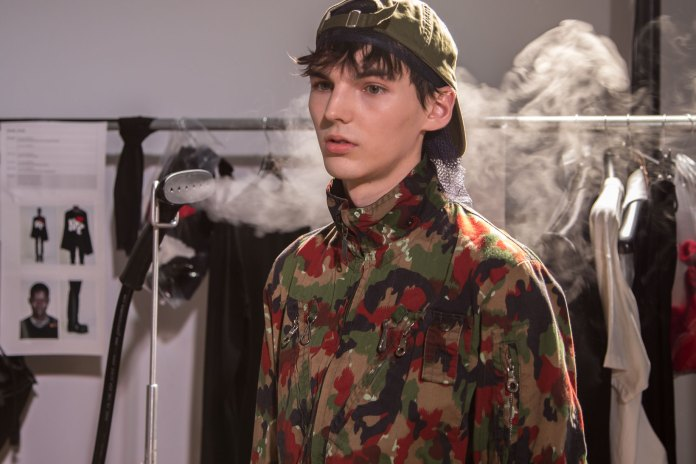 Here's a Backstage Look at Raf Simons' 2017 Fall/Winter Show