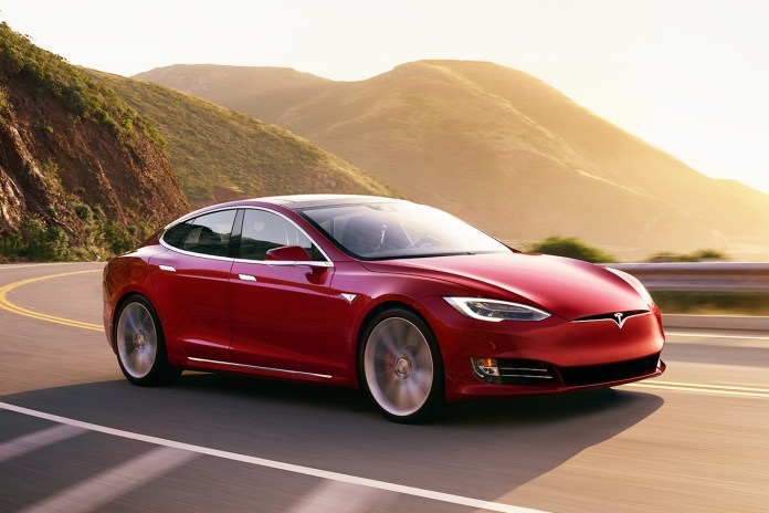 Tesla's Model S P100D Accelerates Faster Than Any Other Production Car
