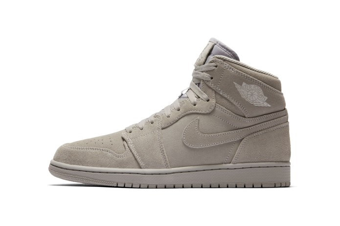 The Air Jordan 1 Gets Covered in Grey Suede