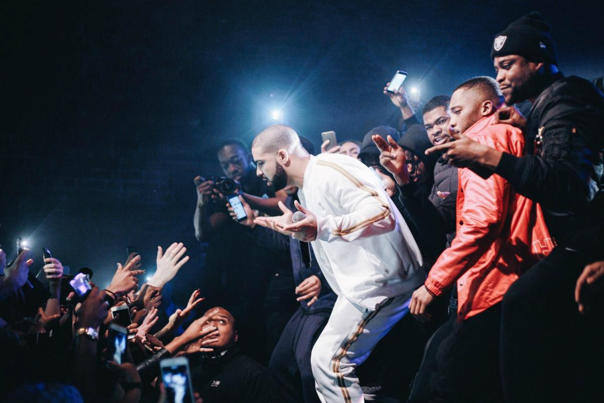 Drake Boosting UK Artists Sales - 3760501