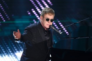 Elton John Requests For Gangster Rap at Vancouver Record Store