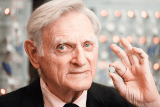 The 94-Year-Old Inventor of the Lithium-Ion Battery Has Come up With the Next Great Battery Design