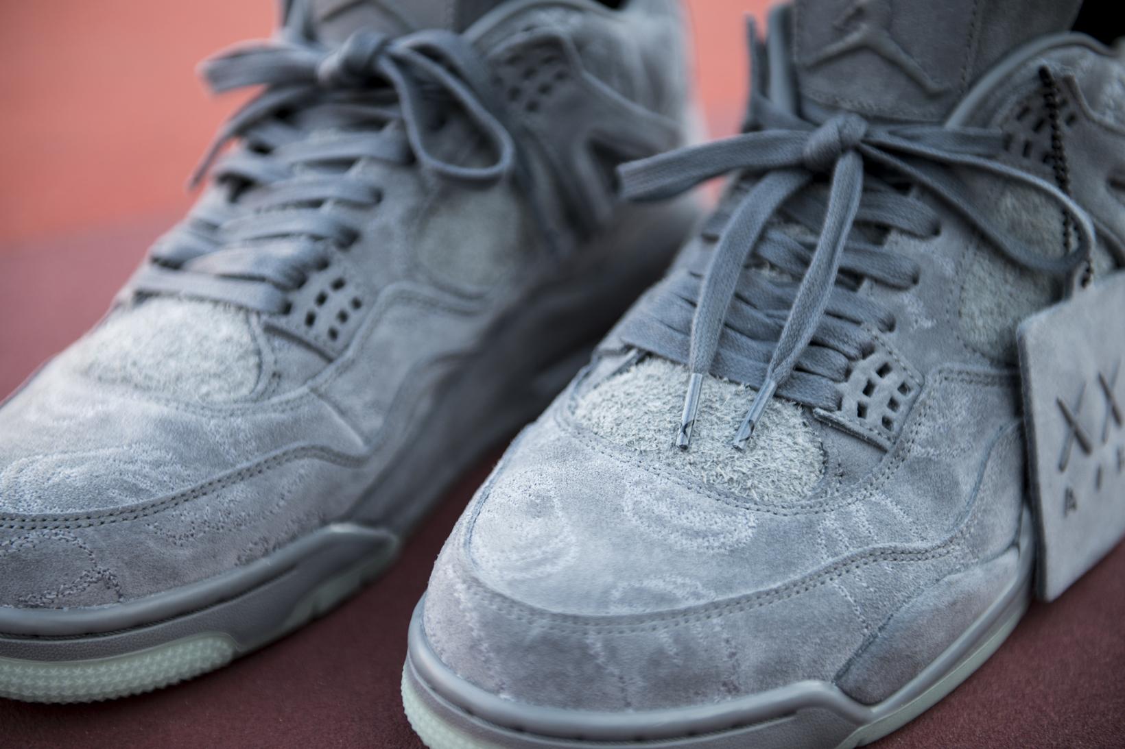 KAWS Air Jordan 4 Closer Look - 3748843