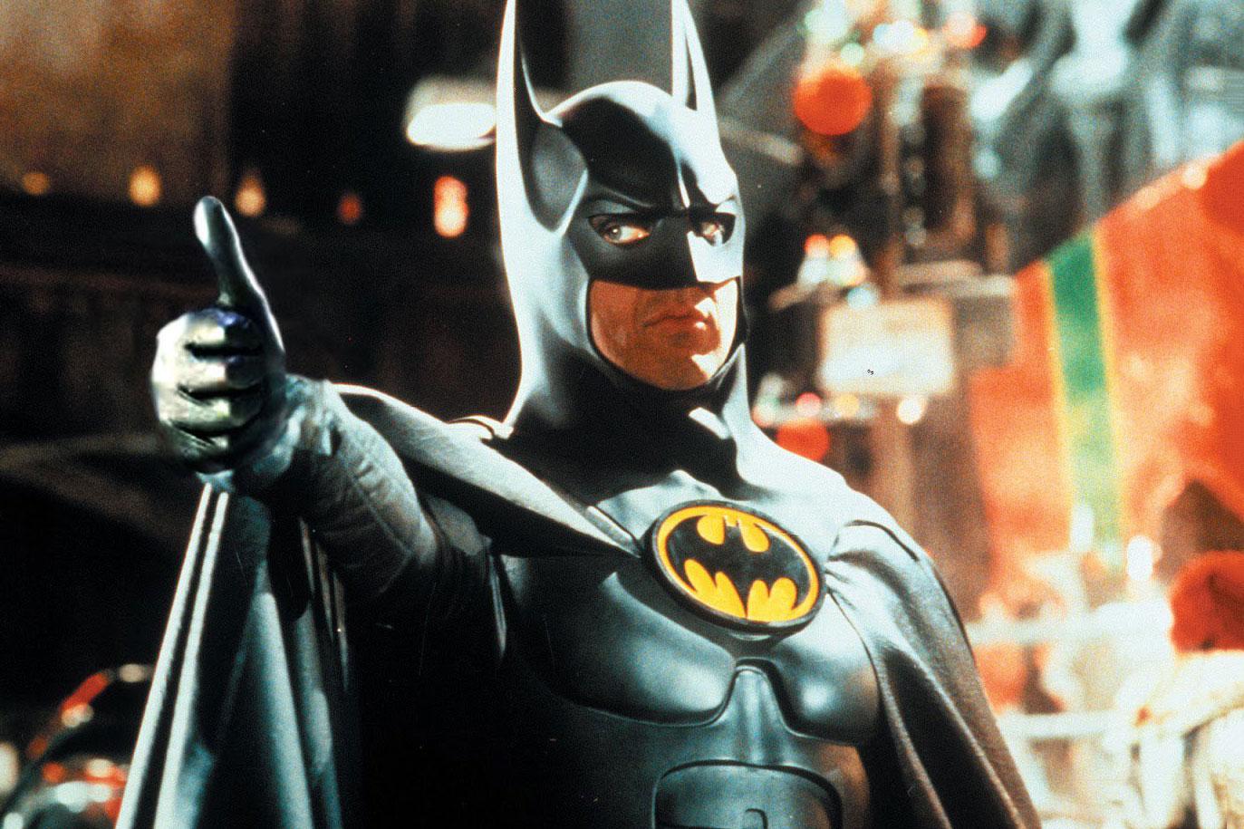 Michael Keaton Batman Thumbs Up - 3758708