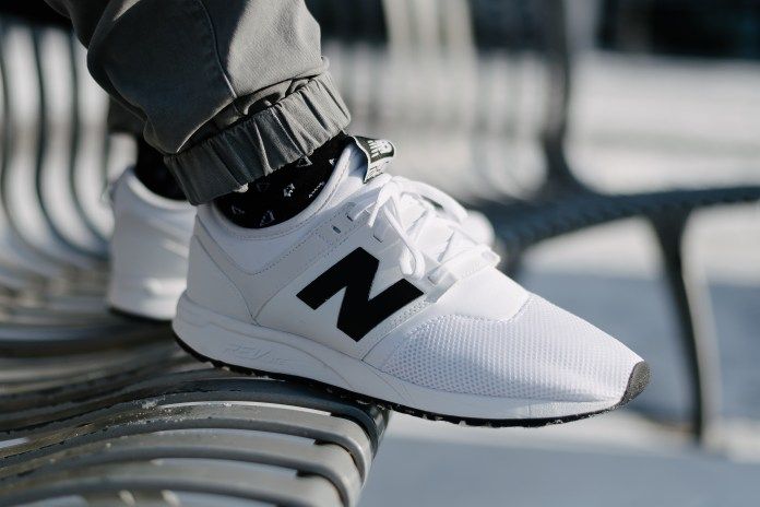 """The New Balance 247 Classic """"Grey"""" and """"White"""" Appear in Snowy Seoul"""