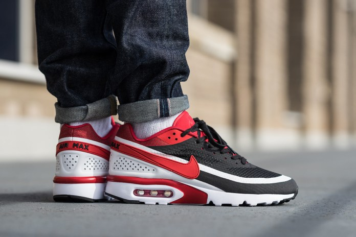 "Nike's Air Max BW Gets the ""Bred"" Treatment"