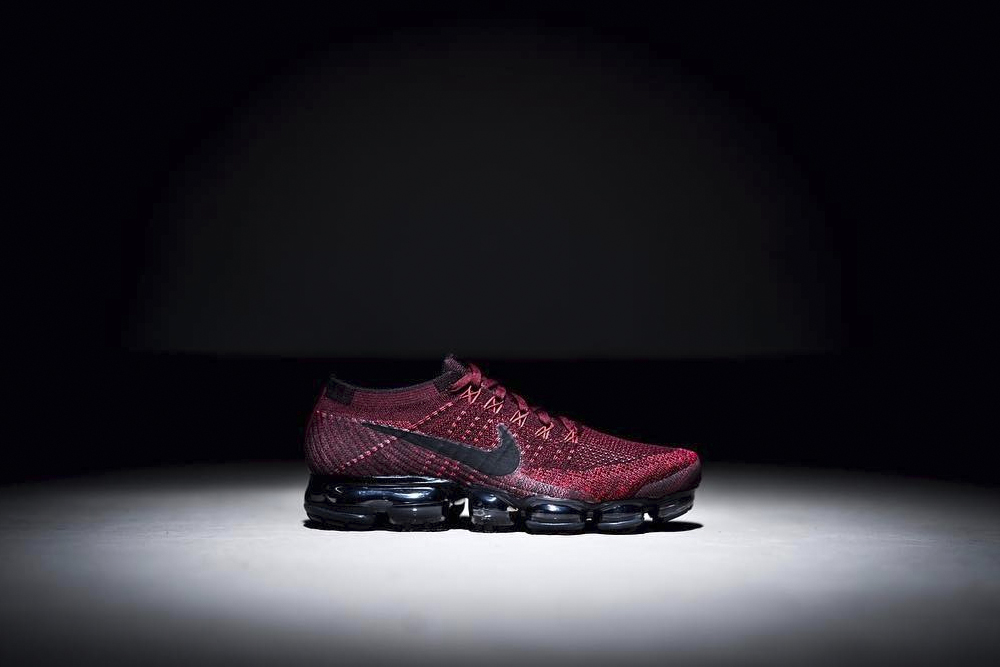 Nike Air VaporMax Red and Black - 3769934