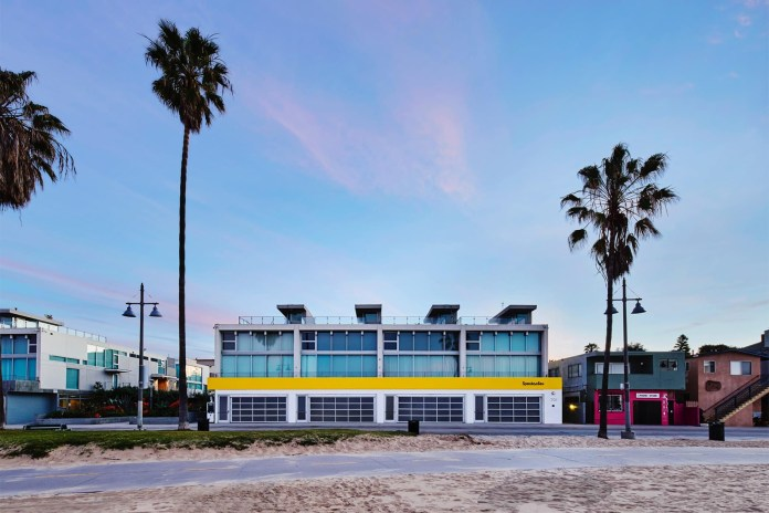 Snap Has Opened a New Spectacles Pop-Up in Venice, CA