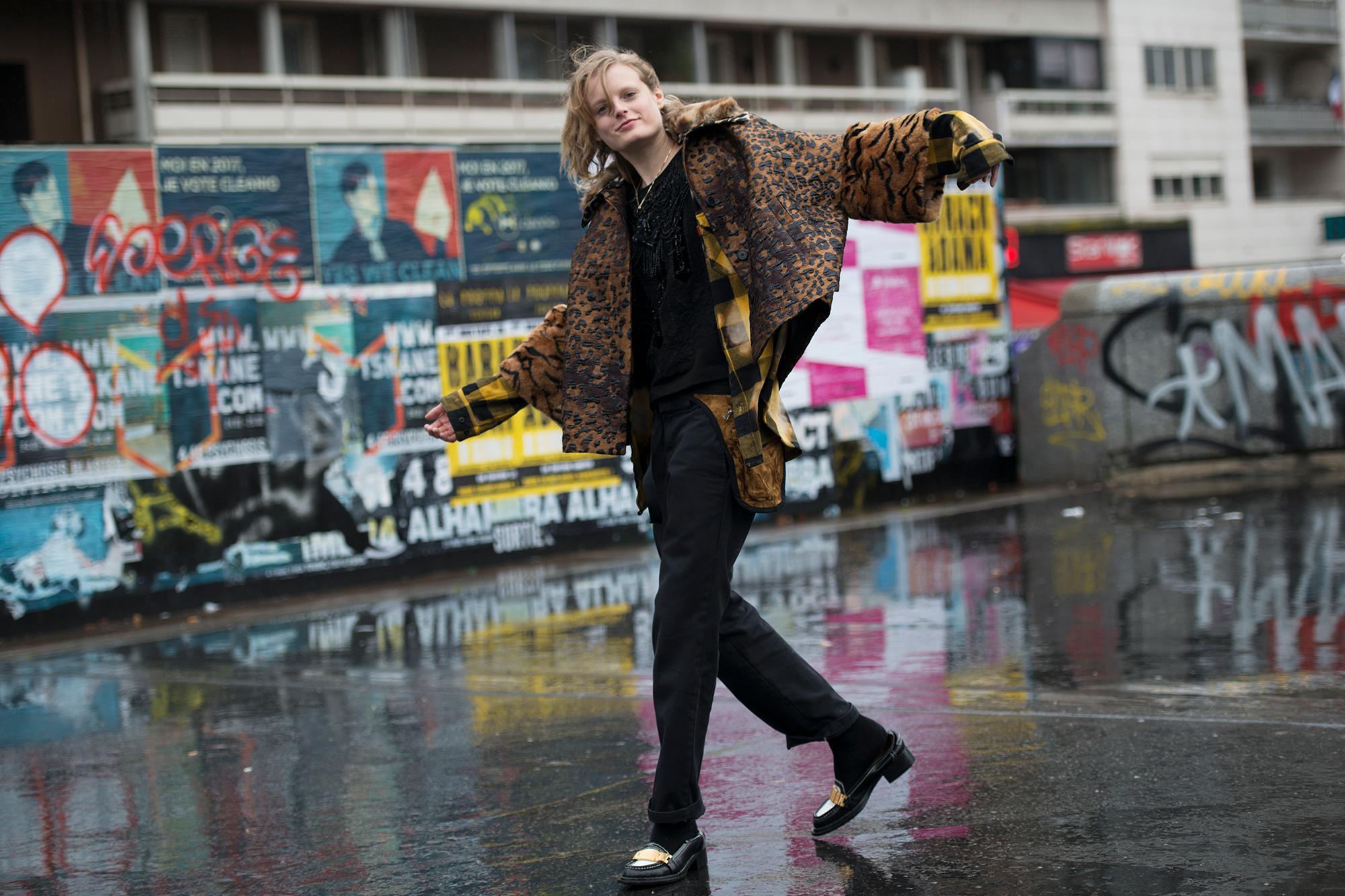 Streetsnaps Paris Fashion Week March 2017 Part 1 Hypebeast - 3744008