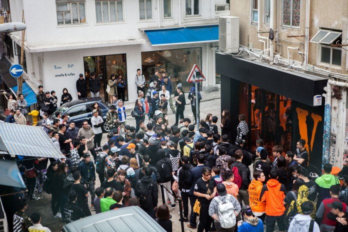The VLONE Pop-Up in Hong Kong Brought out Resellers in the Masses