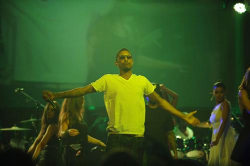N.E.R.D. featuring Santigold, Lil Wayne & Fam-Lay – Soldier