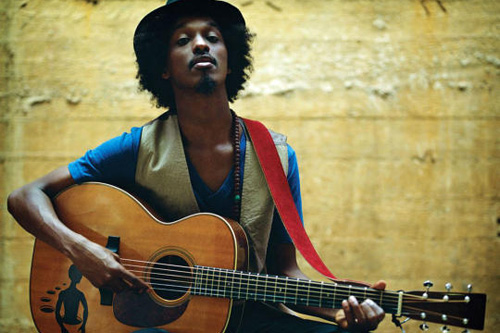 K'naan featuring will.i.am & David Guetta – Wavin' Flag [CDQ]