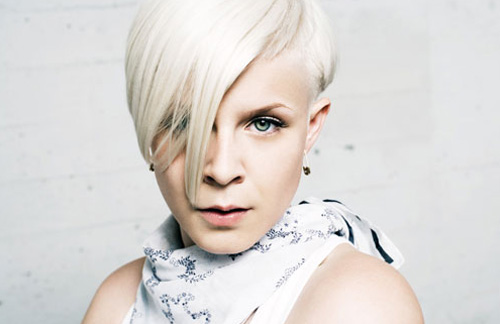 Robyn - Dancing On My Own (Buraka Som Sistema Remix)