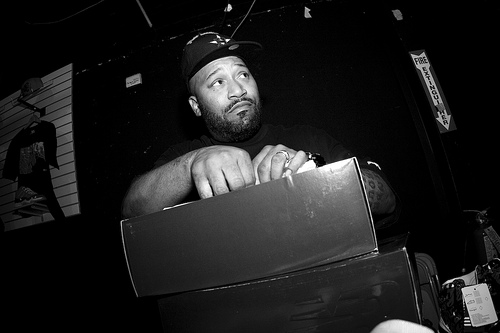 Bun B – Let Em Know (Produced by DJ Premier)