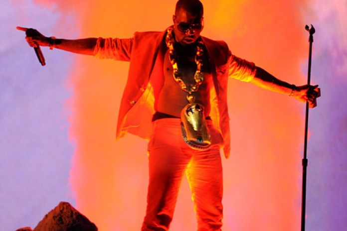 "Kanye West Set To Perform On ""Saturday Night Live"""