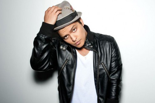 Bruno Mars featuring Lupe Fiasco - Just the Way You Are (Remix)