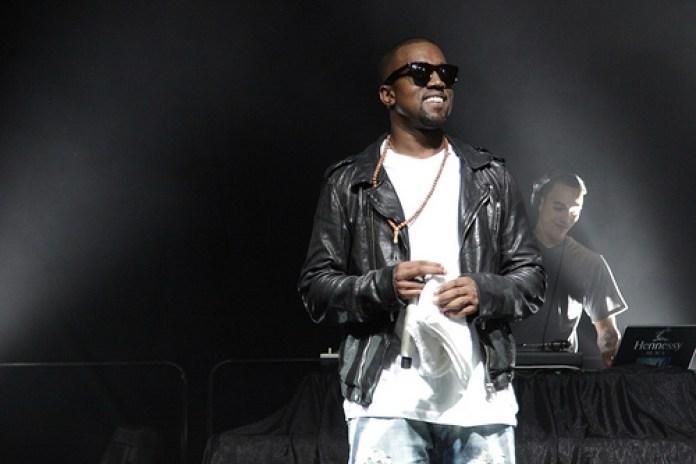 JYJ featuring Malik Yusef & Kanye West - Avvy Girl