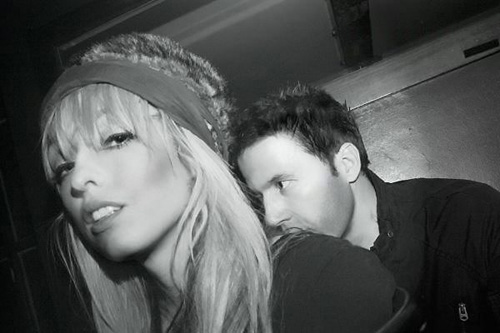The Ting Tings - Hands (Passion Pit Remix)