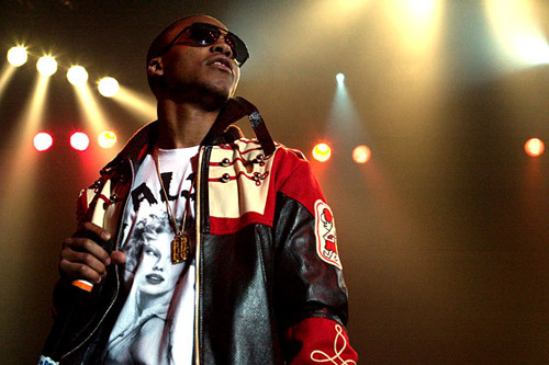 Lupe Fiasco featuring John Legend - Never Forget You