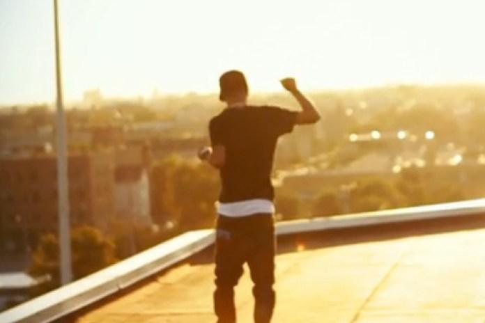 Big Sean featuring Chiddy Bang – Too Fake