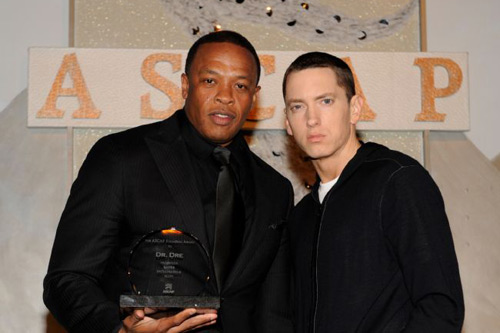 Dr. Dre featuring Eminem & Skylar Grey - I Need A Doctor