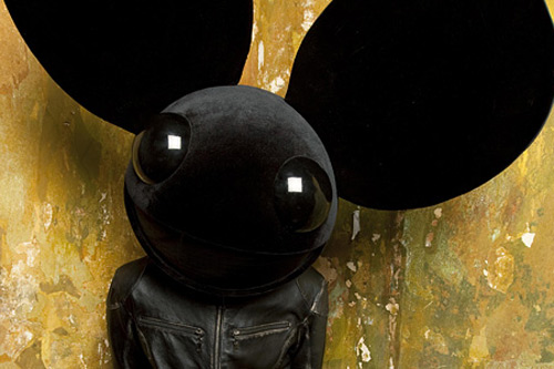 Deadmau5 featuring Neon Hitch - I Can't Behave Myself