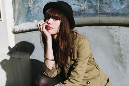 Diane Birch – A Strange Kind Of Love  (Peter Murphy Cover)