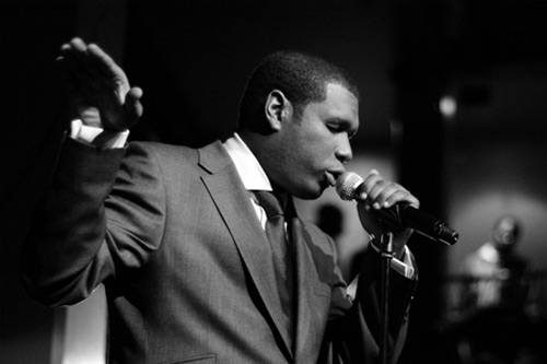 Jay Electronica featuring Tone Treasure - Jazzmatazz (Guru Tribute)