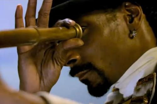Snoop Dogg featuring Trey Songz - Dirty Dancer