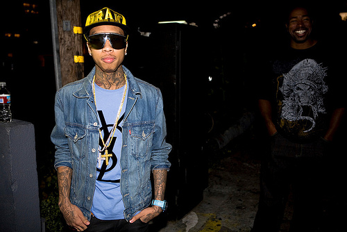 Tyga featuring Game & Maino – Drink The Night Away