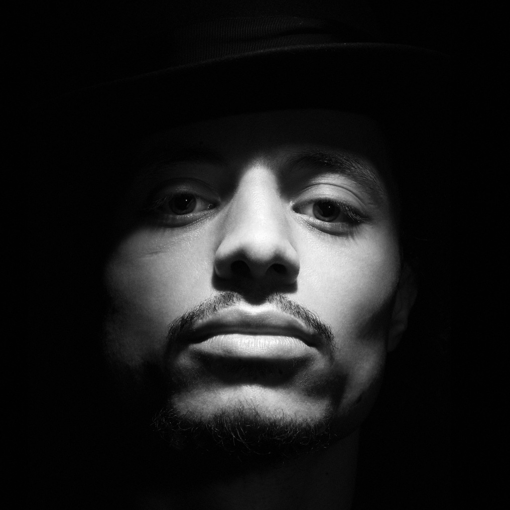 Jose James - Vicadin (Produced by Flying Lotus)