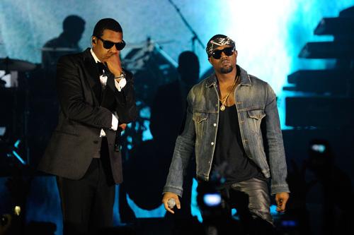 Kanye West - Eyes Closed (Tagged)
