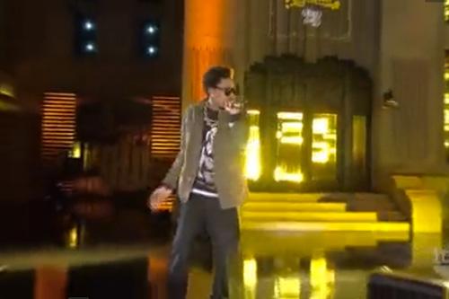 Wiz Khalifa - Black & Yellow (Live on Lopez Tonight)