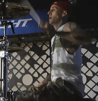 Travis Barker featuring Game & Swizz Beatz – Can a Drummer Get Some (Jimmy Kimmel Live)