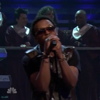 Lupe Fiasco - The Show Goes On (Live on Fallon)