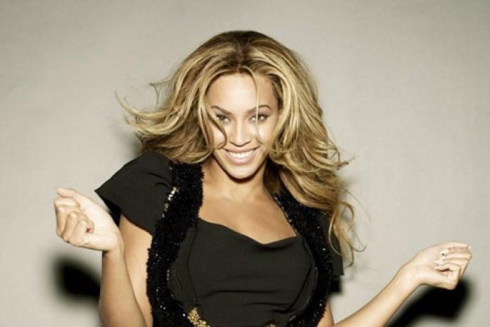Beyoncé featuring Swizz Beatz - Move Your Body