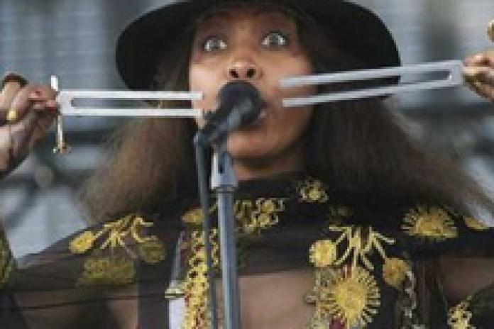 Erykah Badu - Coachella 2011 Set