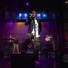 Lupe Fiasco - The Show Goes On (Live on Letterman)