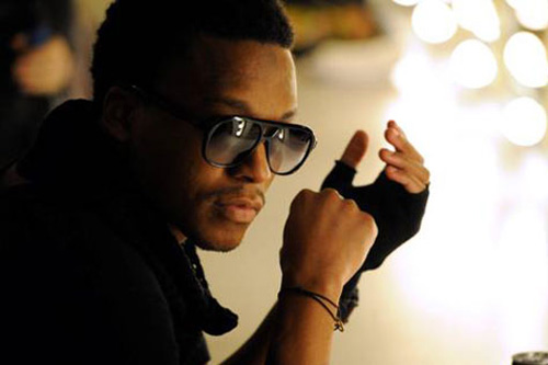 Lupe Fiasco featuring Hayley Williams - Airplanes (Original)