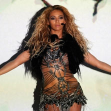 Beyonce - Run the World (Girls) (Billboard Music Awards Live Performance 2011)