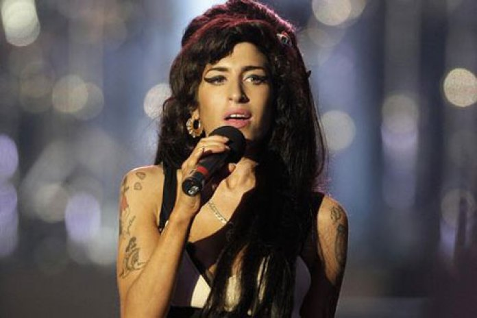 Amy Winehouse Checks In for More Rehab