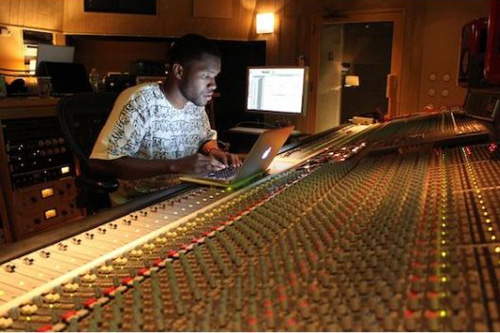 Frank Ocean & Pharrell Williams Hit the Studio