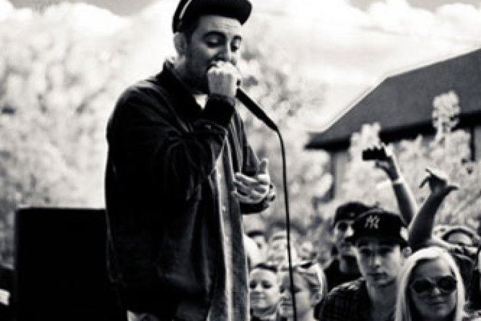 Mac Miller featuring Talib Kweli – Family First