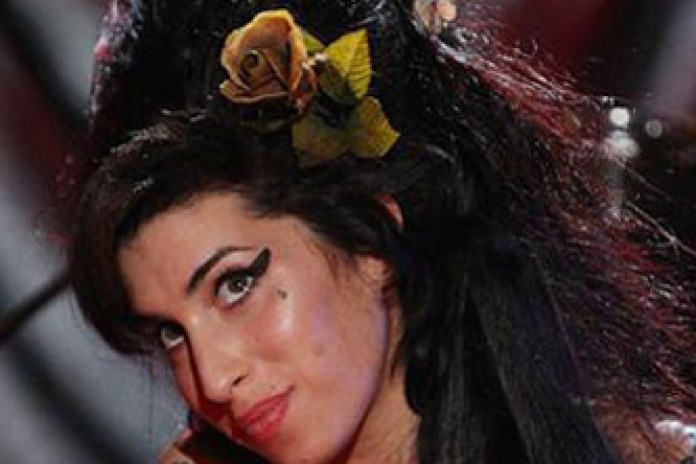 Amy Winehouse dies at age 27