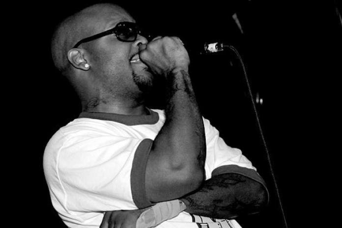 "Royce Da 5'9"" featuring Travis Barker – Legendary"