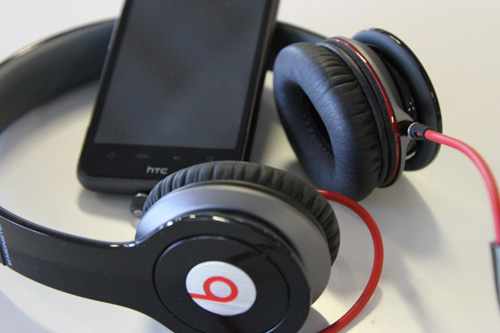 HTC to buy 51% stake in Beats Electronics