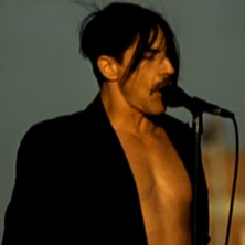 Red Hot Chili Peppers – The Adventures of Rain Dance Maggie