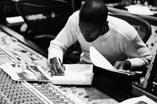 Nas to release memoir 'It Ain't Hard To Tell' in Fall 2012